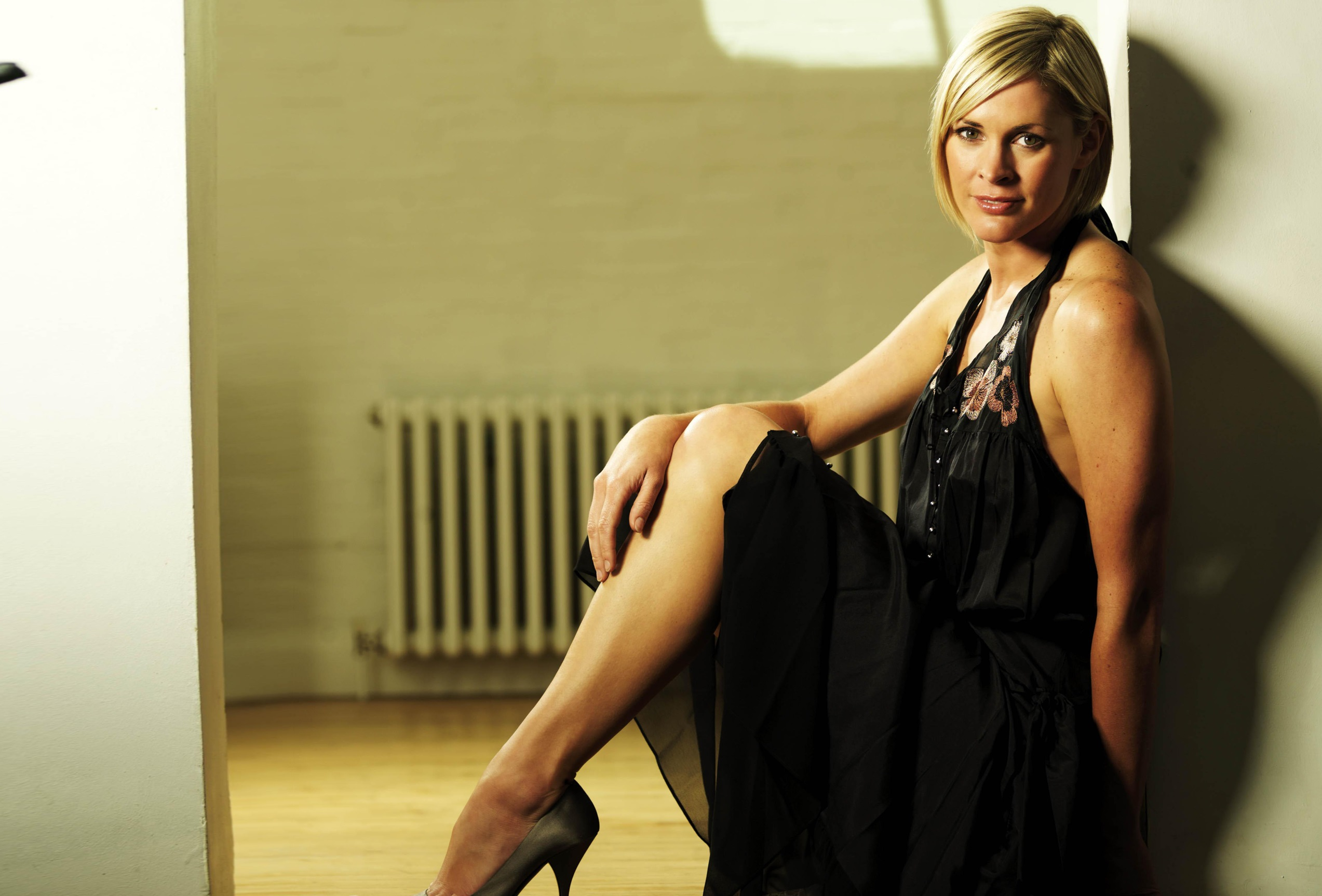 Jenni Falconer Wallpapers And Backgrounds