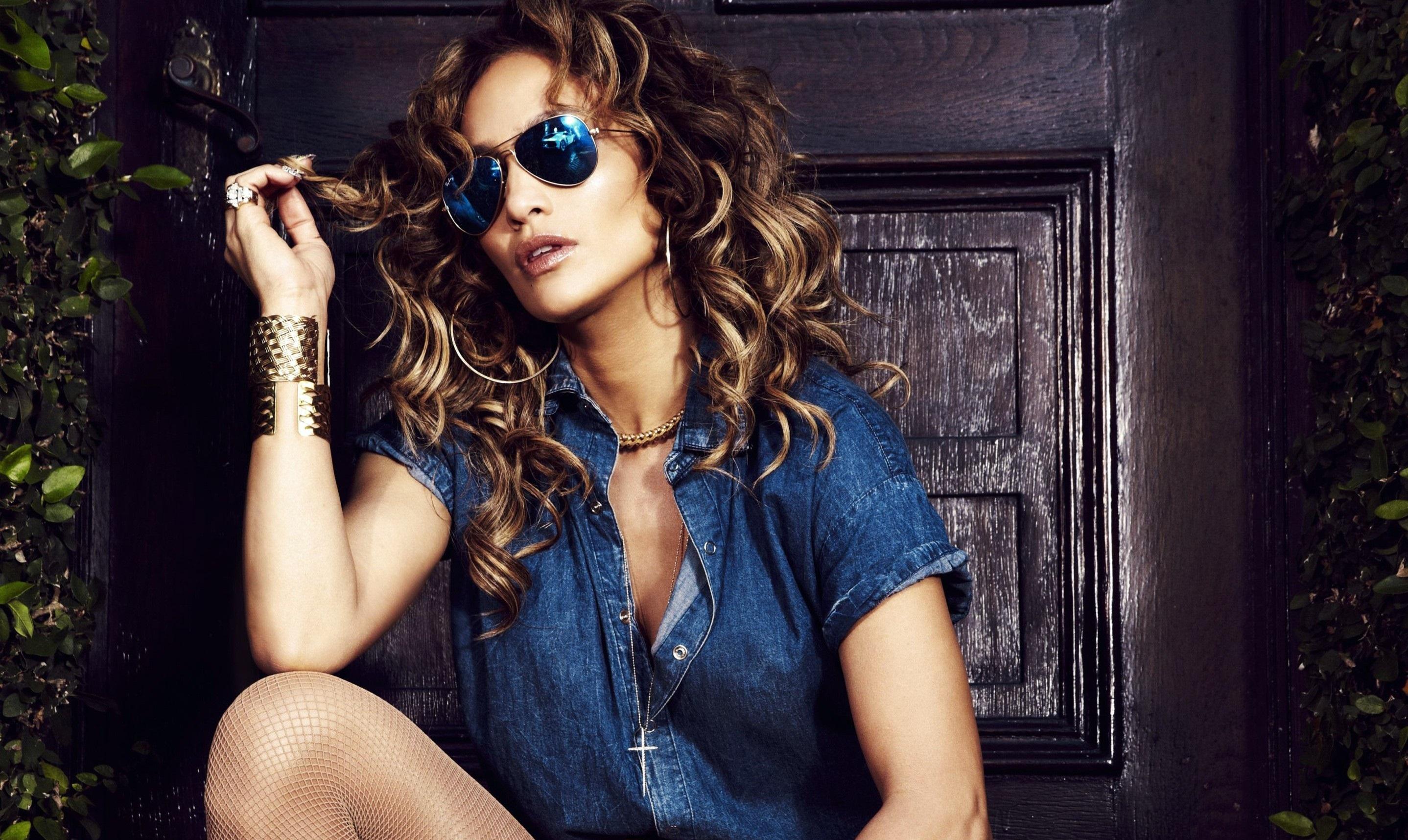 Jennifer Lopez Widescreen