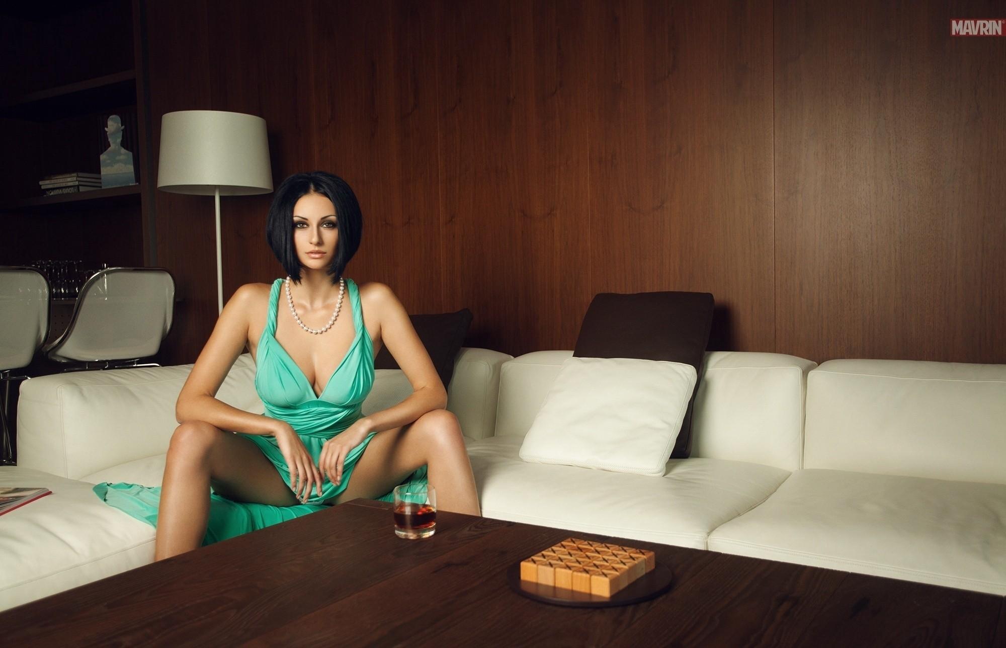 Julia Androschuk Widescreen