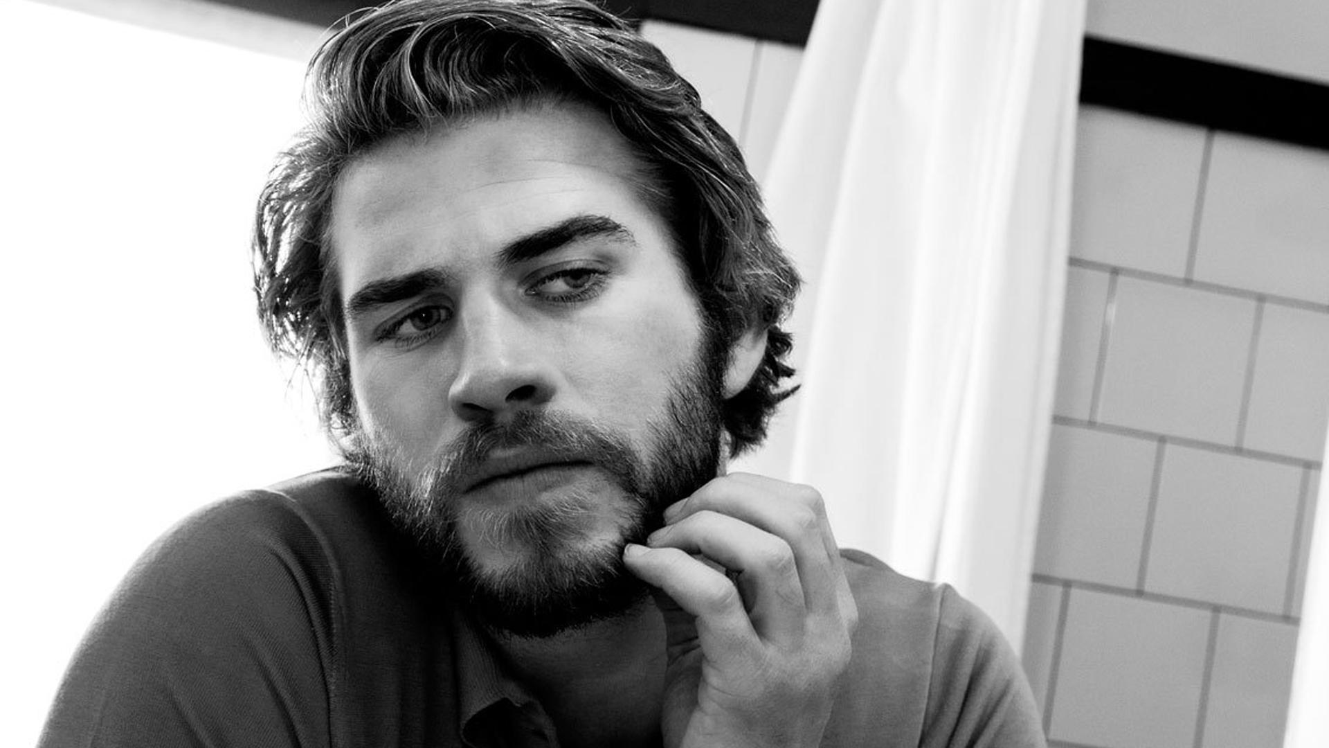 Liam Hemsworth Hd Background