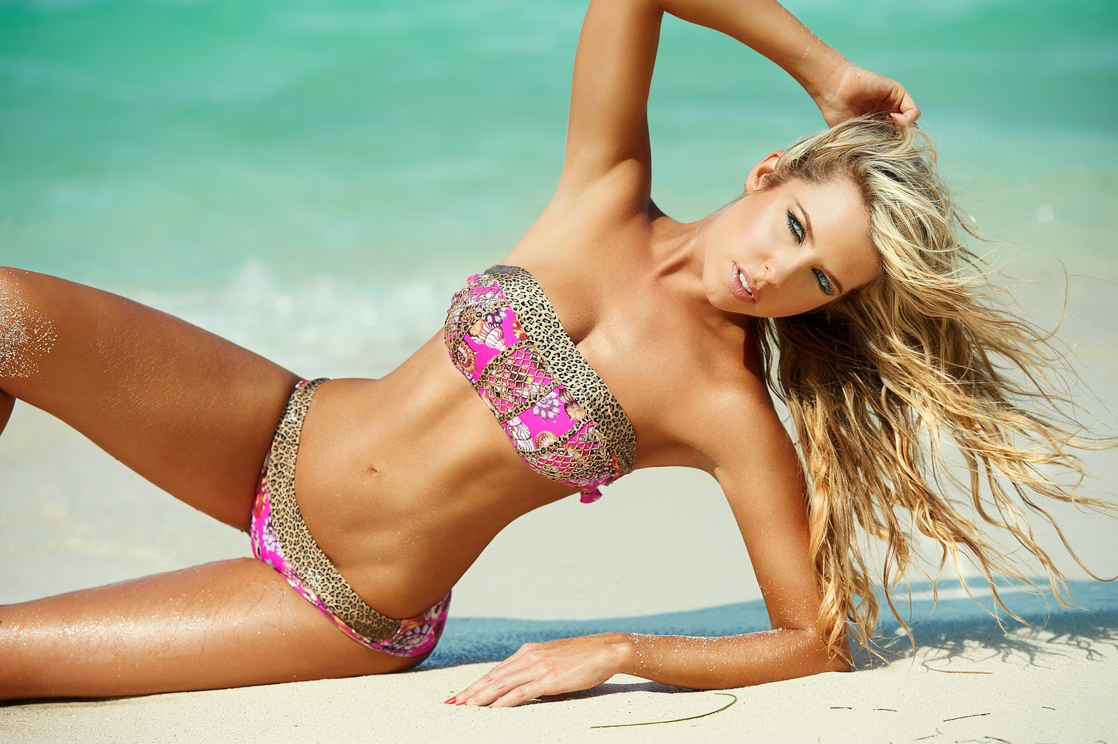 Lina Posada High Quality Wallpapers