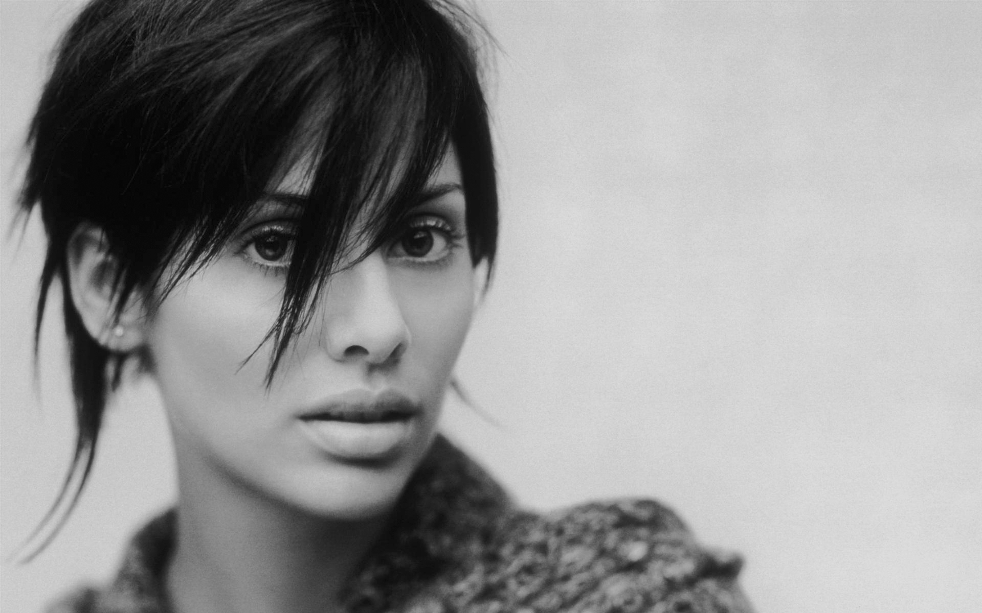 Natalie Imbruglia Wallpapers Hq