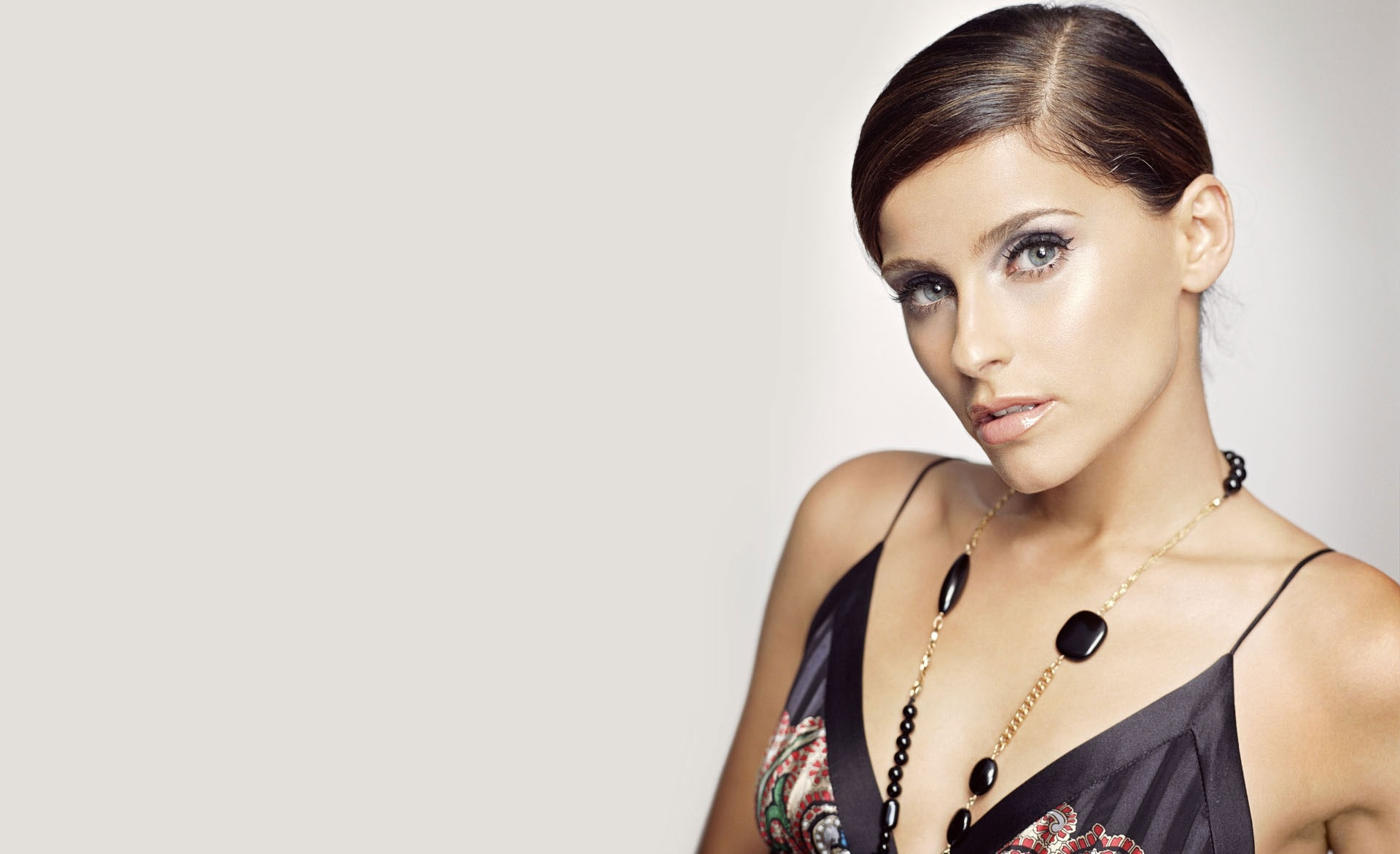 Nelly Furtado Hd Desktop