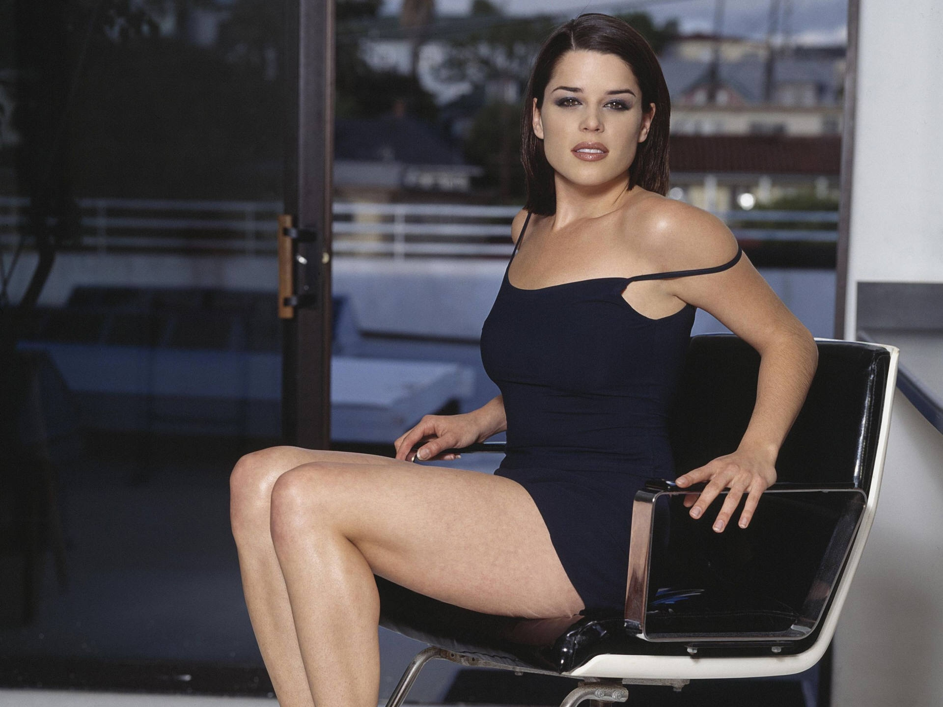 Neve Campbell High Definition Wallpapers