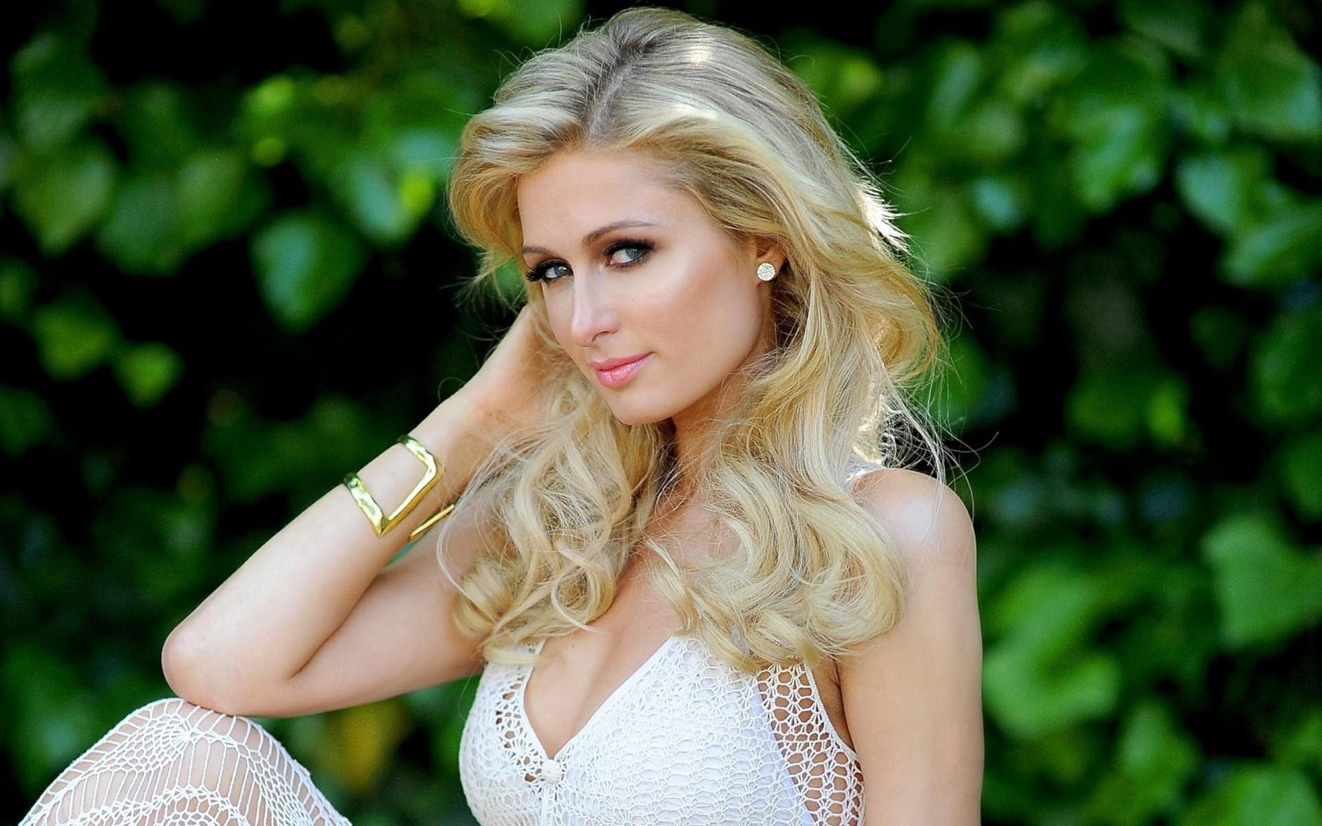 Paris Hilton Widescreen