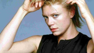 Peta Wilson Hd Background