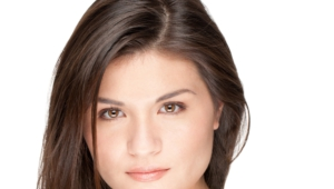 Phillipa Soo Computer Wallpaper