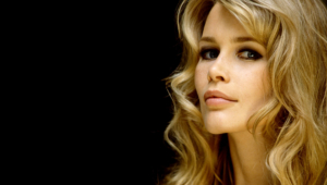 Pictures Of Claudia Schiffer