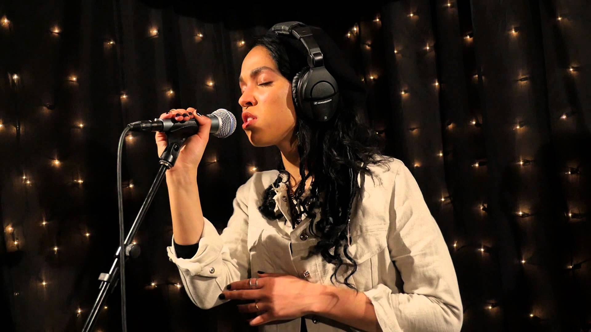 Pictures Of Fka Twigs
