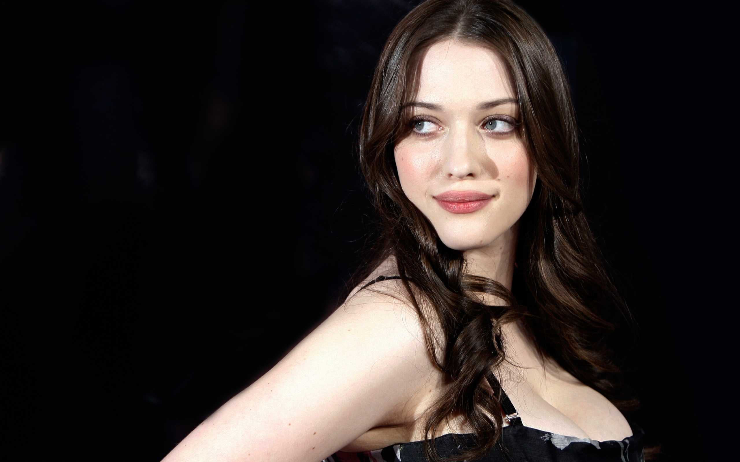 Pictures Of Kat Dennings