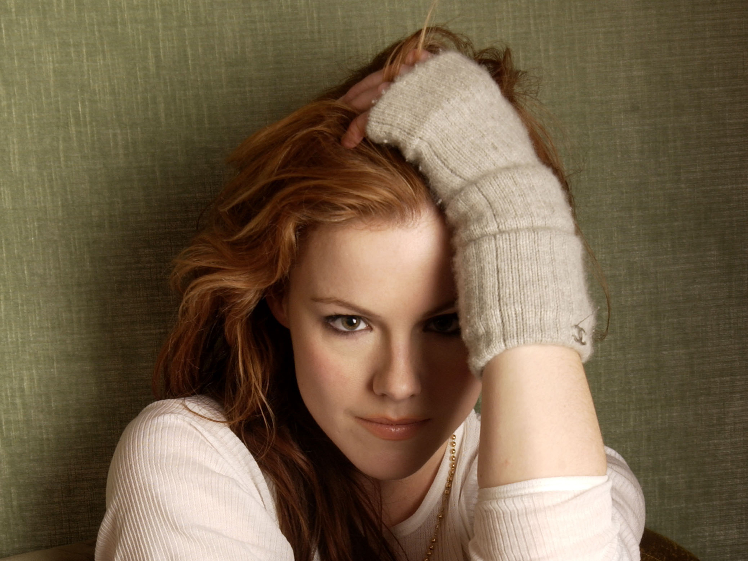 Pictures Of Kathleen Robertson