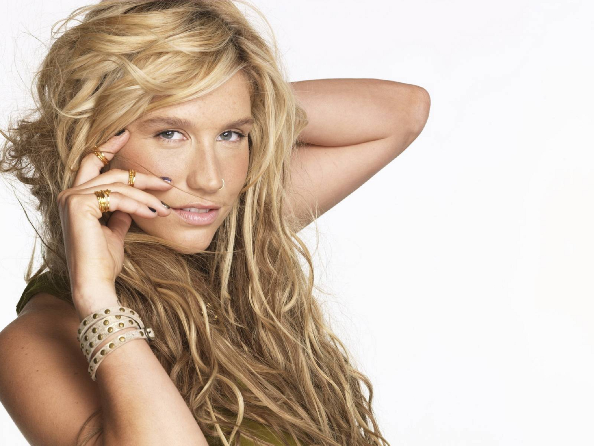 Pictures Of Kesha