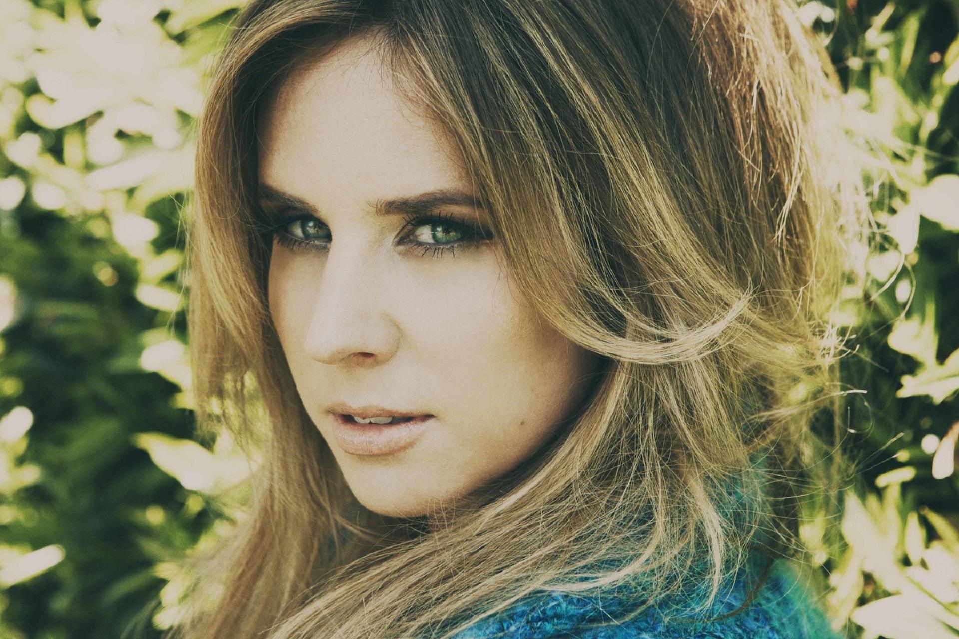 Pictures Of Lucie Silvas