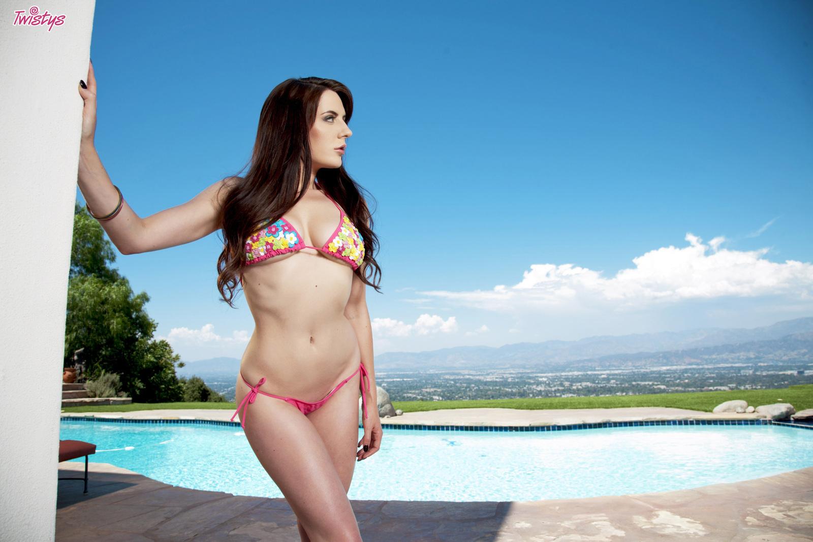 Pictures Of Samantha Bentley