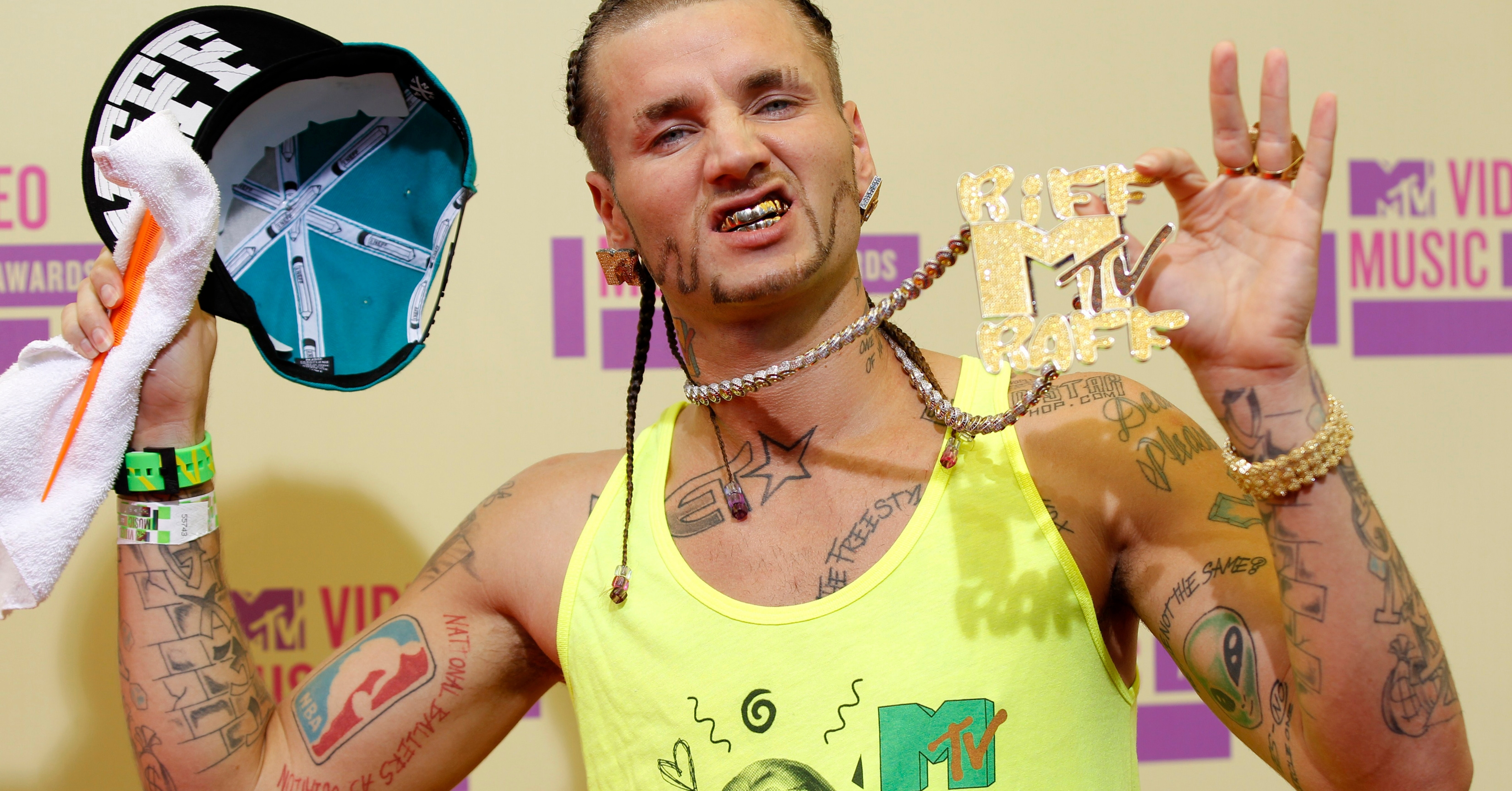 Riff Raff Hd Background