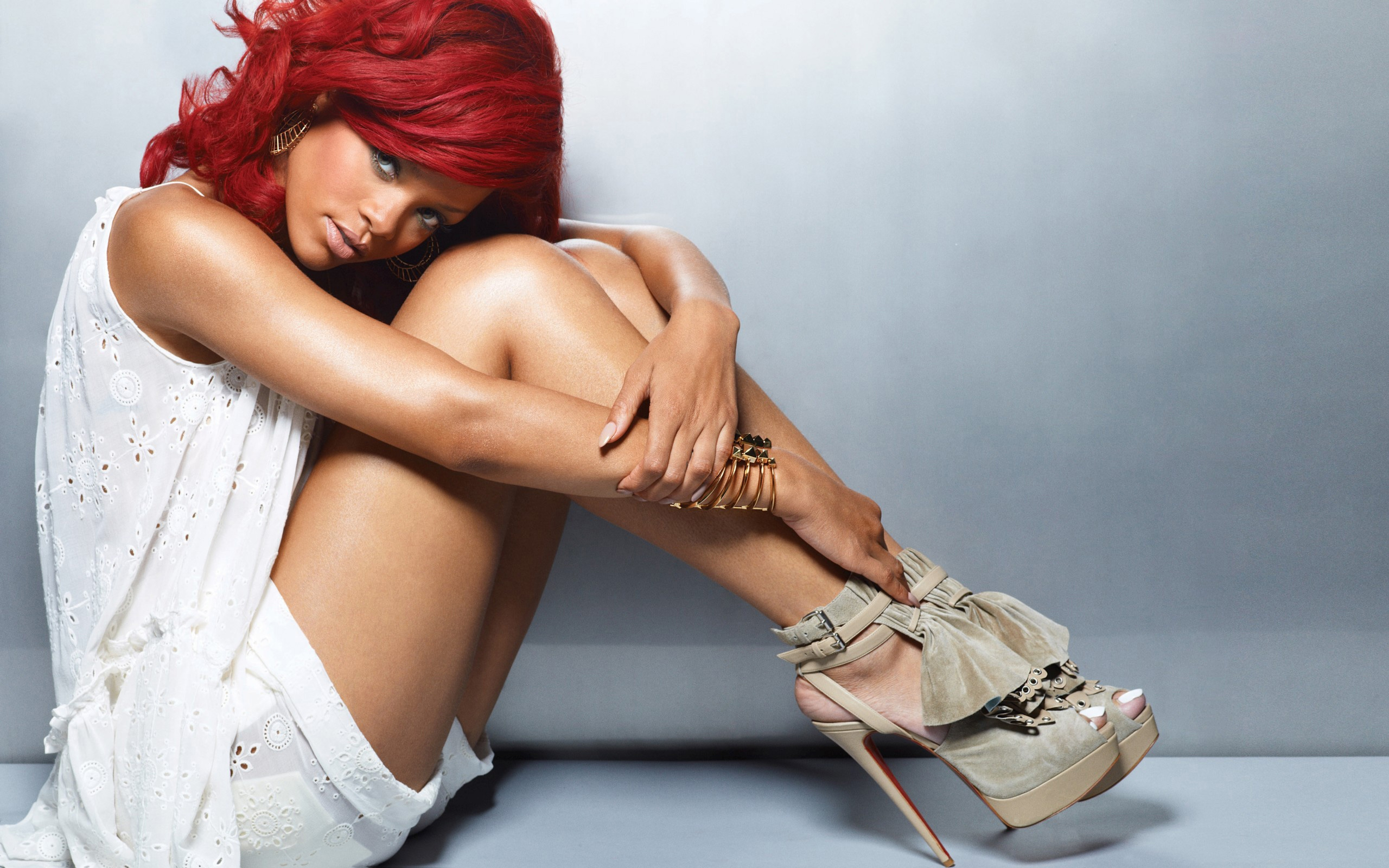 Rihanna Wallpaper For Laptop