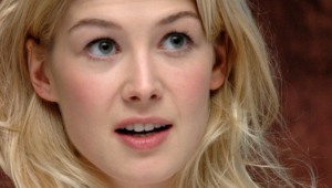 Rosamund Pike For Desktop