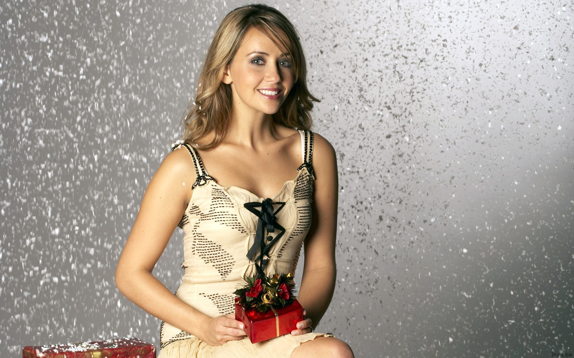 Samia Smith Images