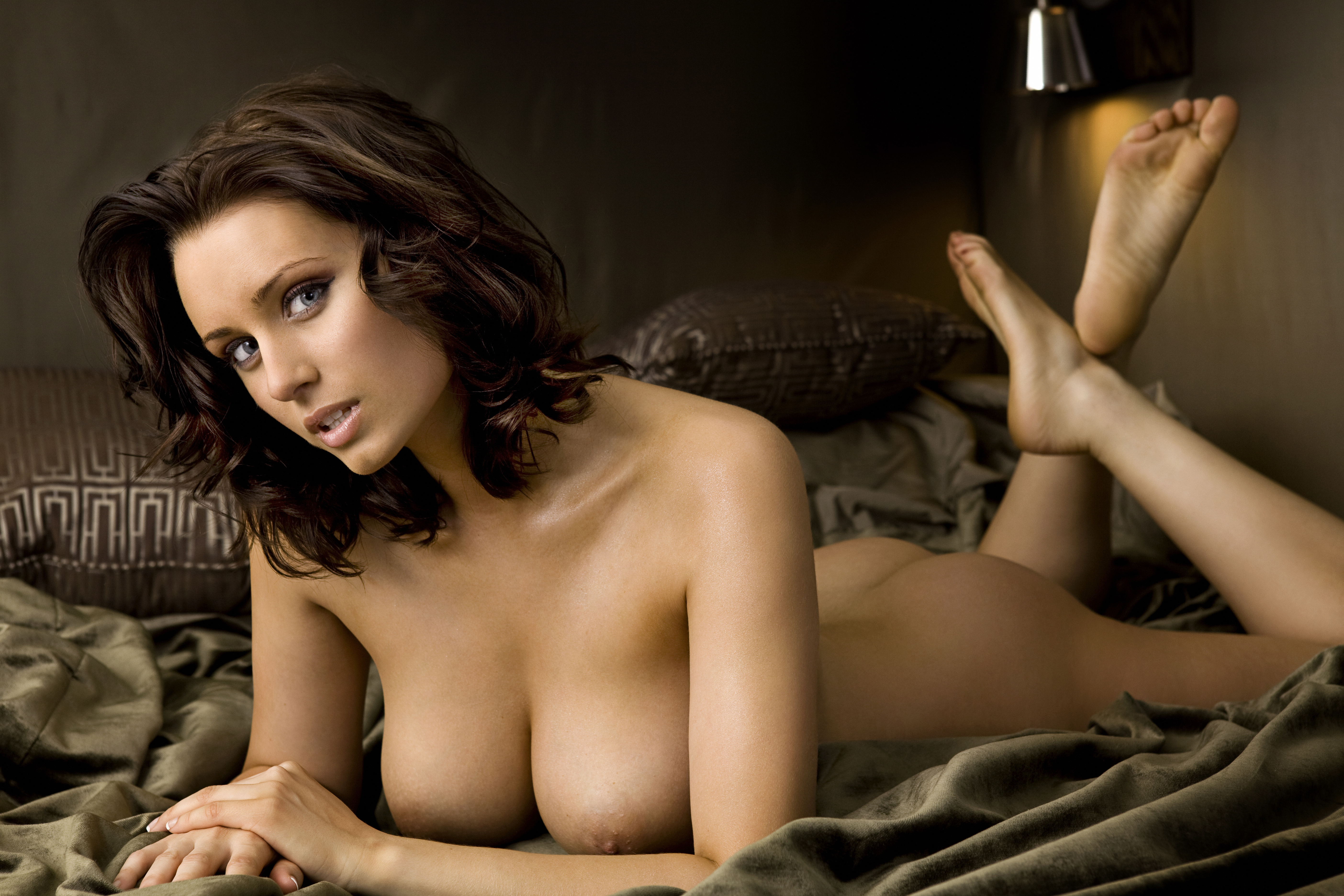 Sammy Braddy With The Boobs Out Porn Pic