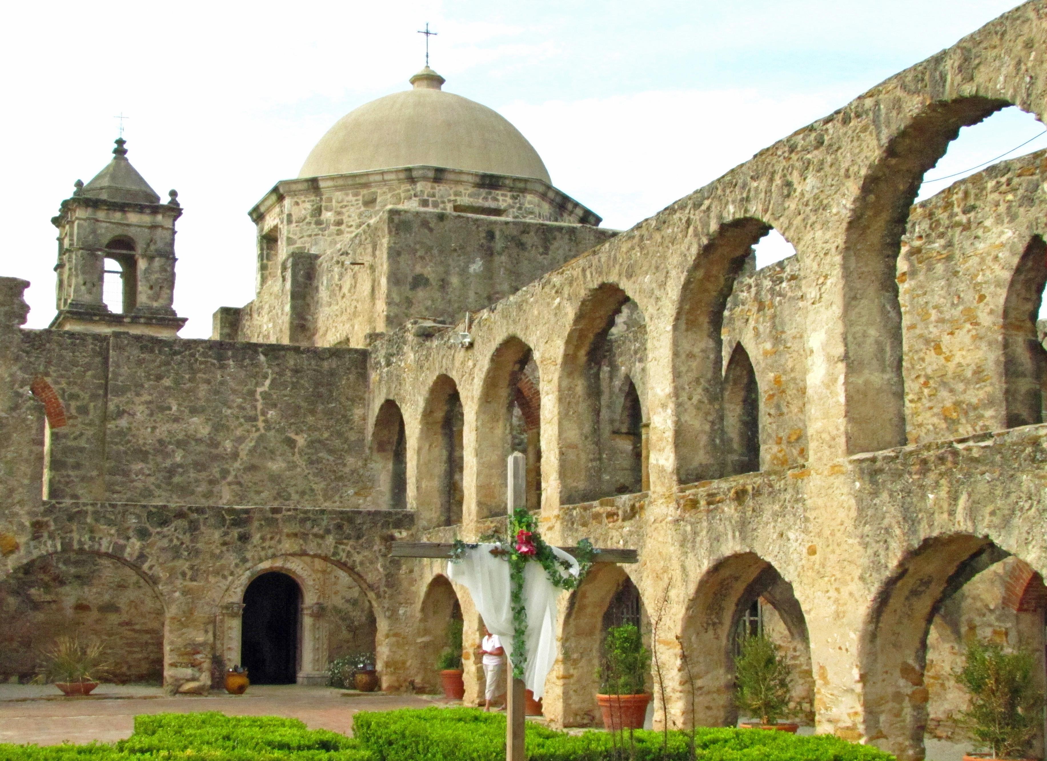 San Antonio Background