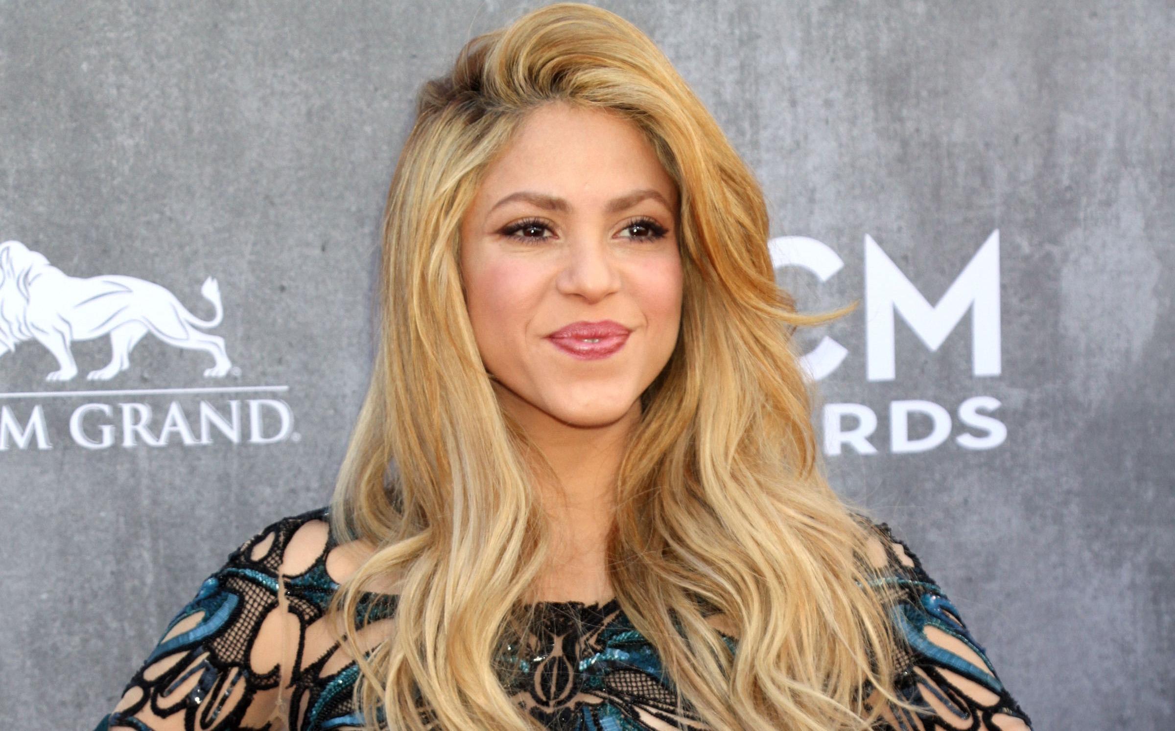 Shakira Hd Background