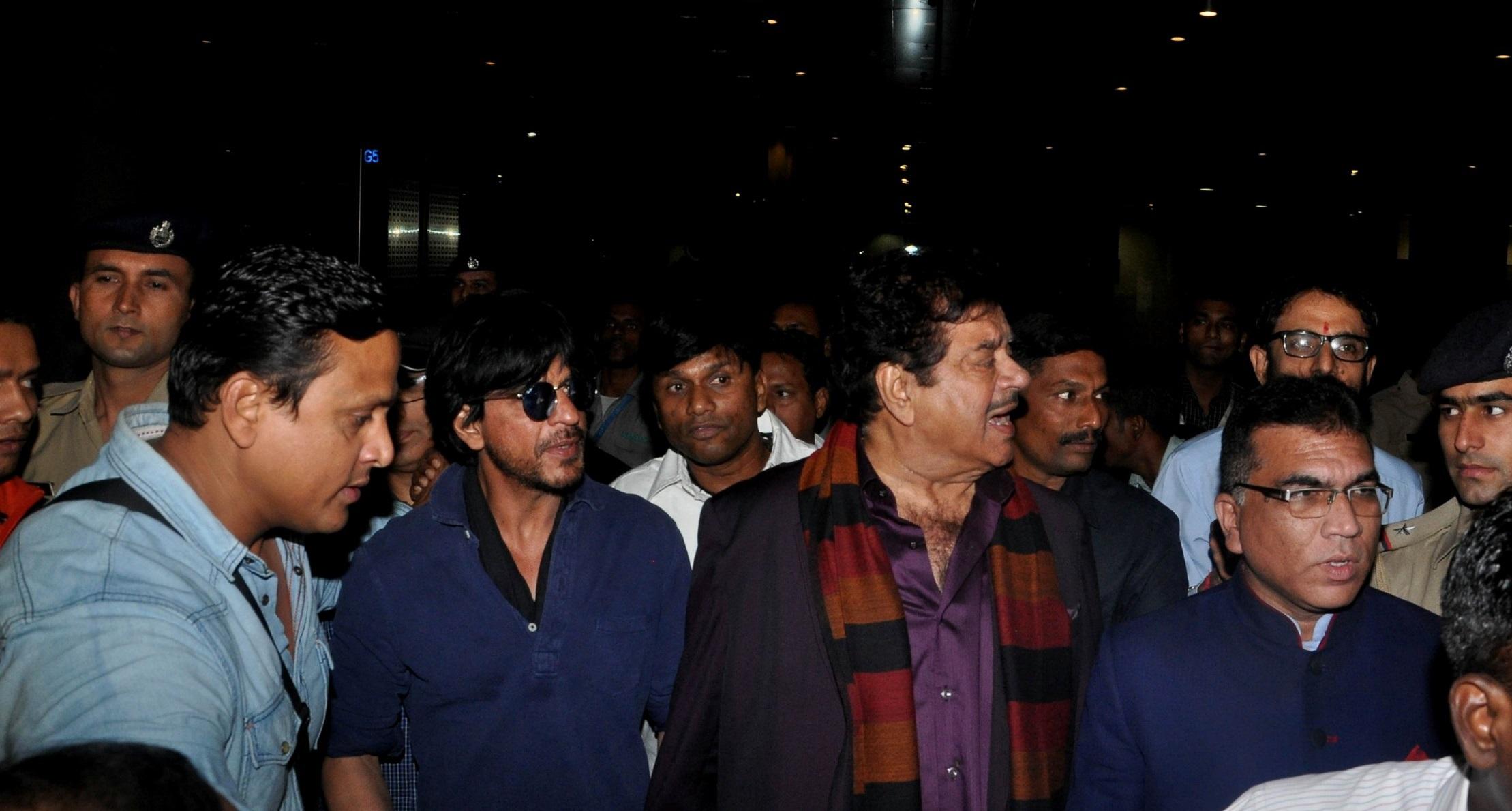 Shatrughan Sinha Widescreen