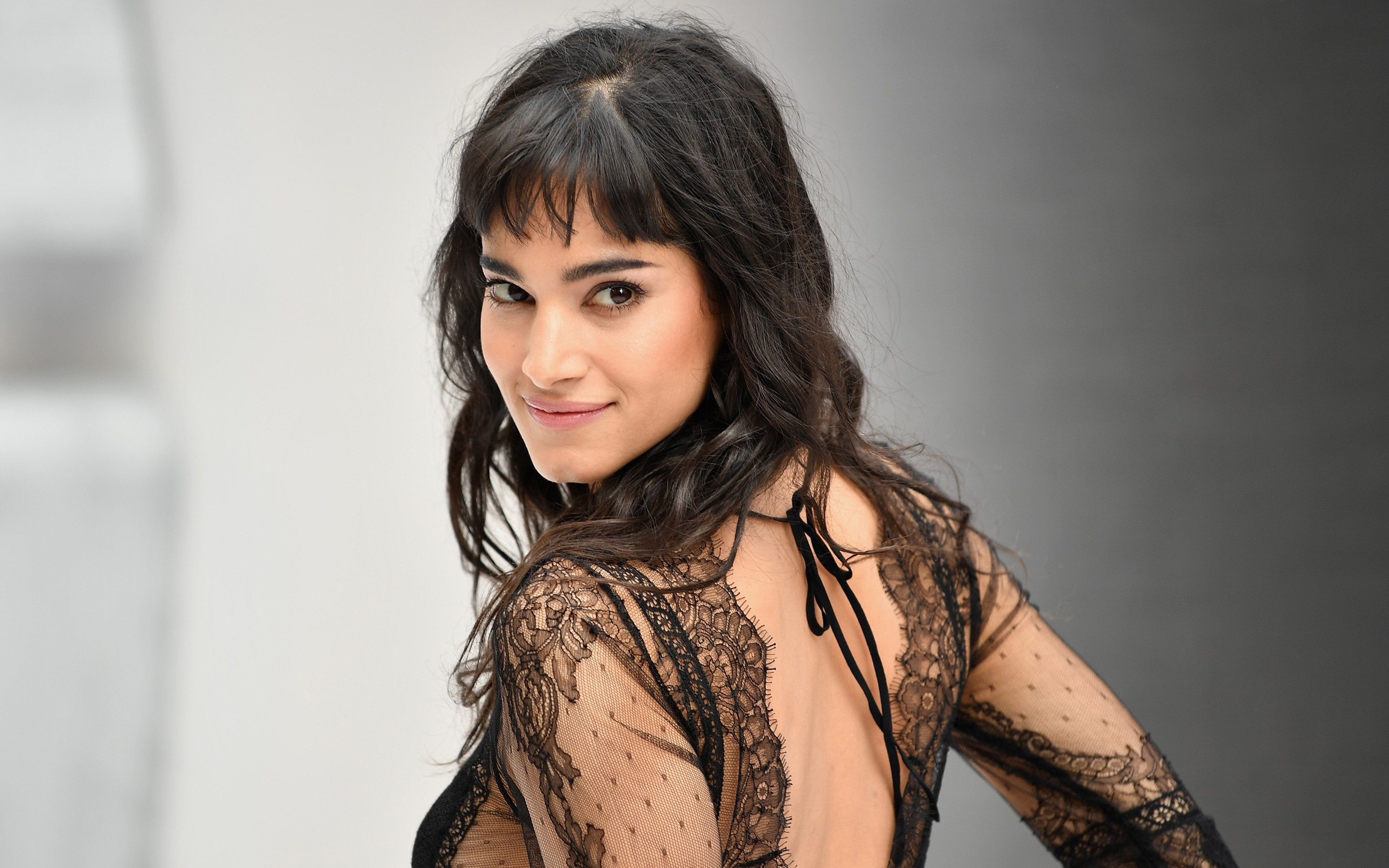 Sofia Boutella Hd Background