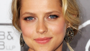 Teresa Palmer Hd Iphone