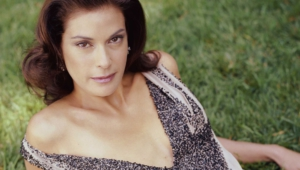 Teri Hatcher Desktop