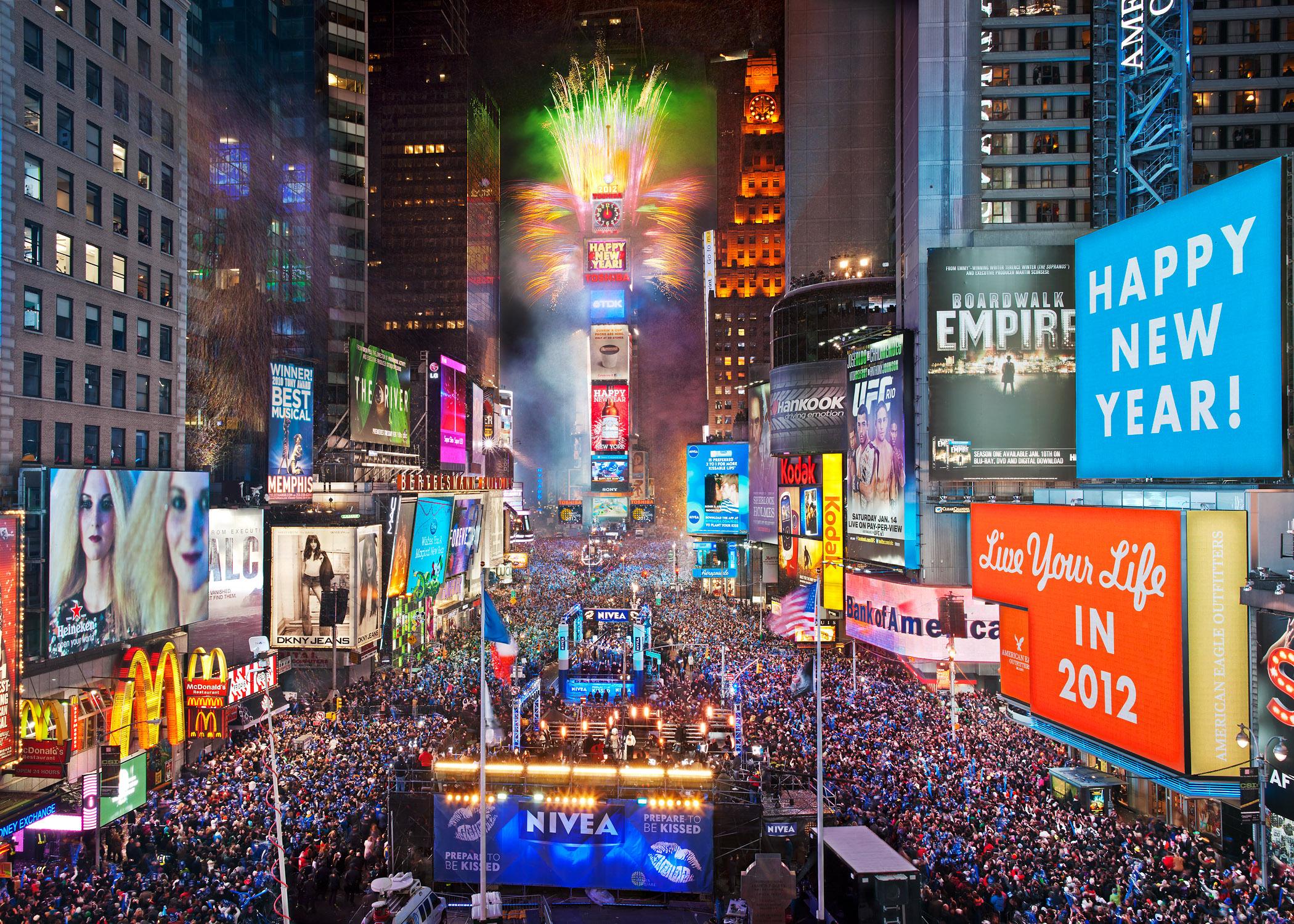 Times Square Widescreen