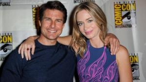 Tom Cruise Background
