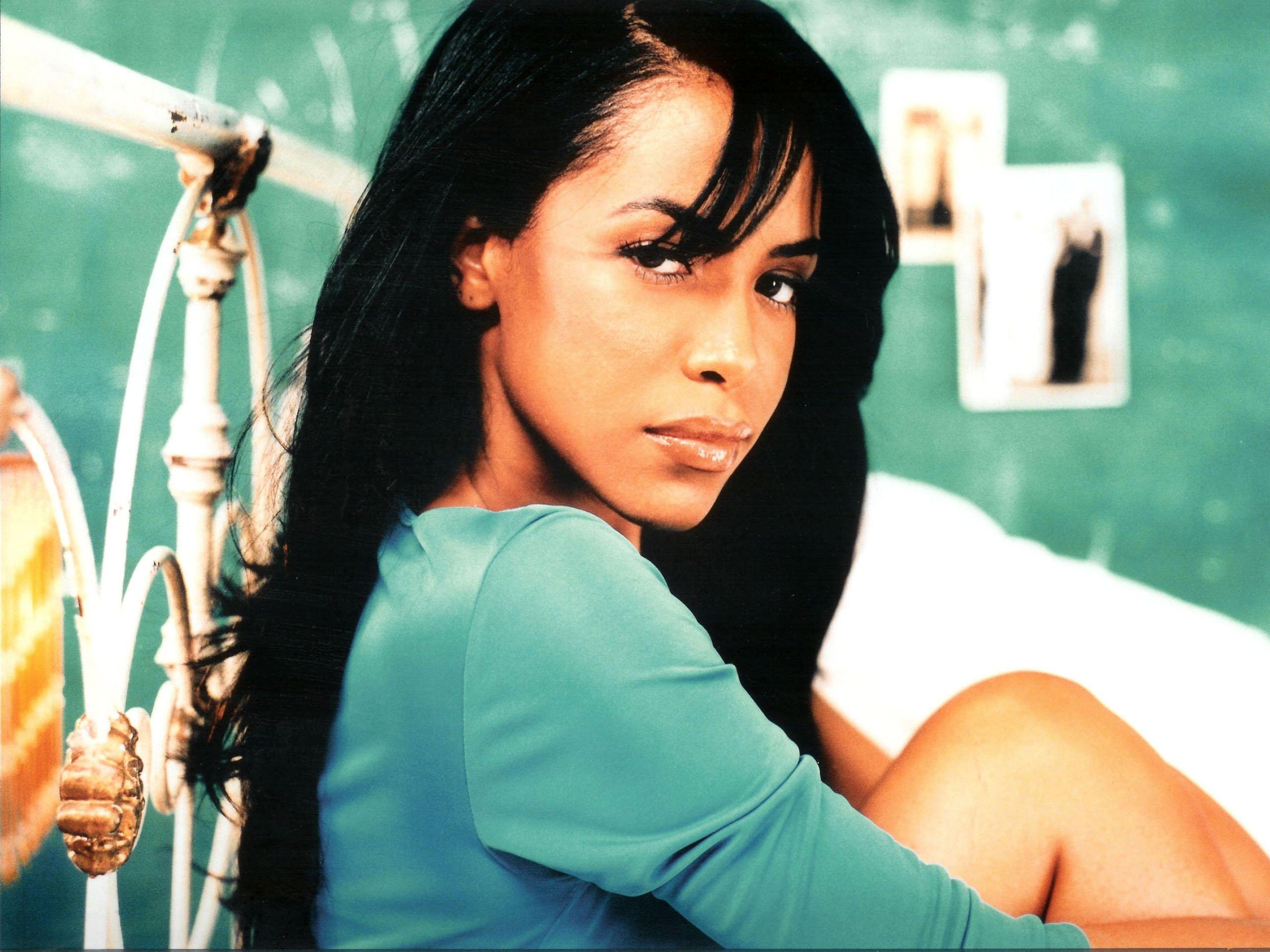 Aaliyah High Quality Wallpapers