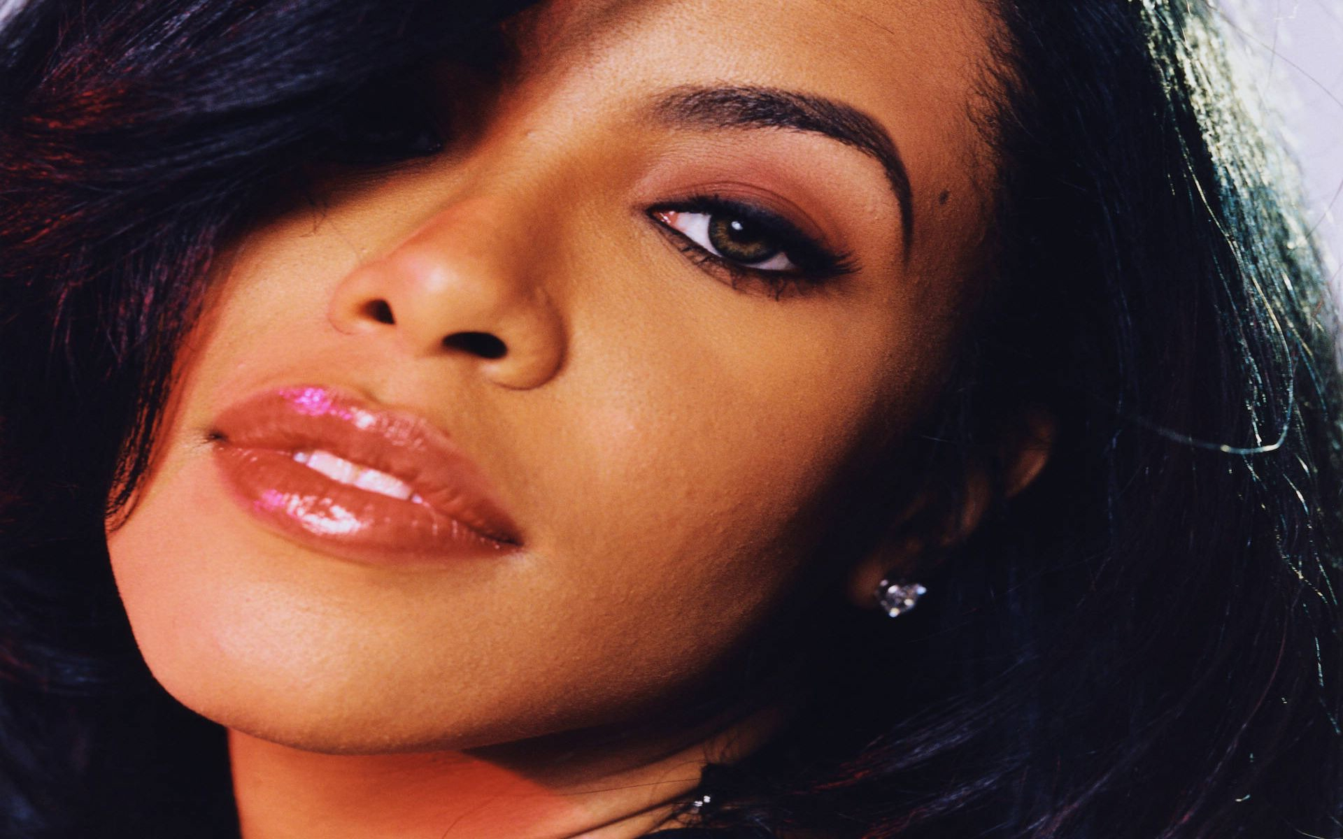 Aaliyah Images