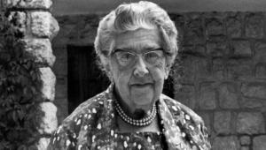Agatha Christie Background