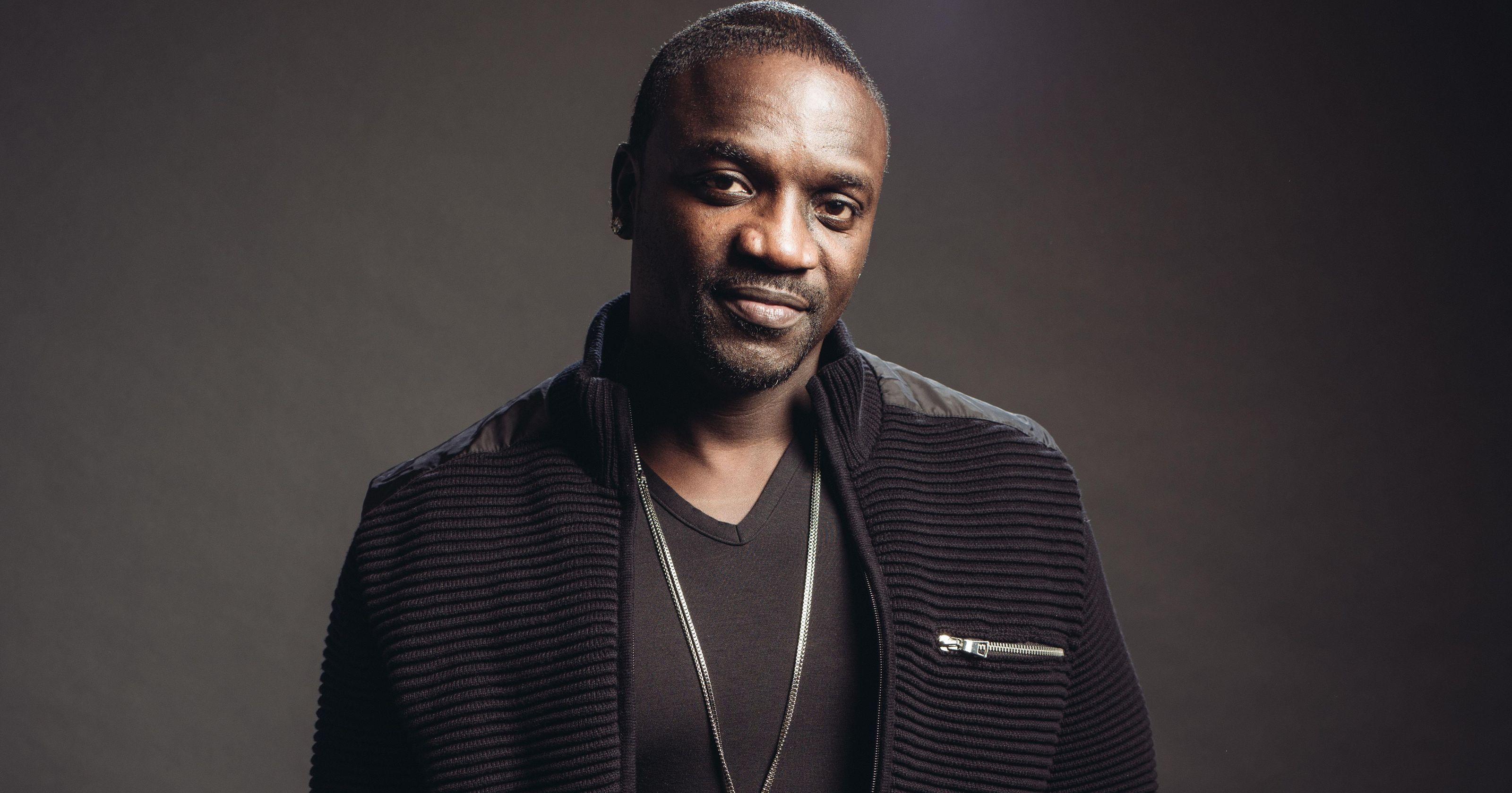 Akon Background