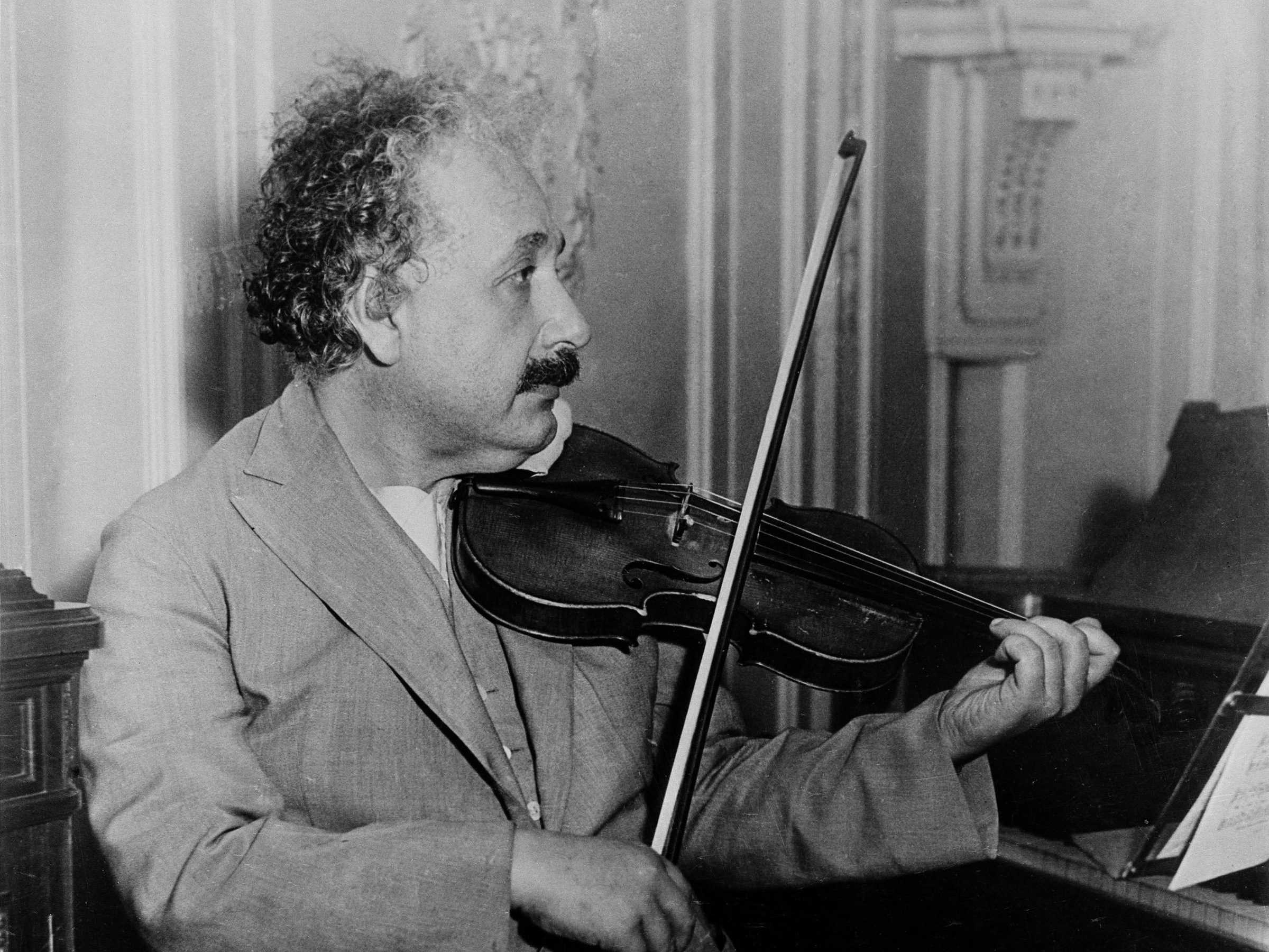 Albert Einstein Hd Desktop