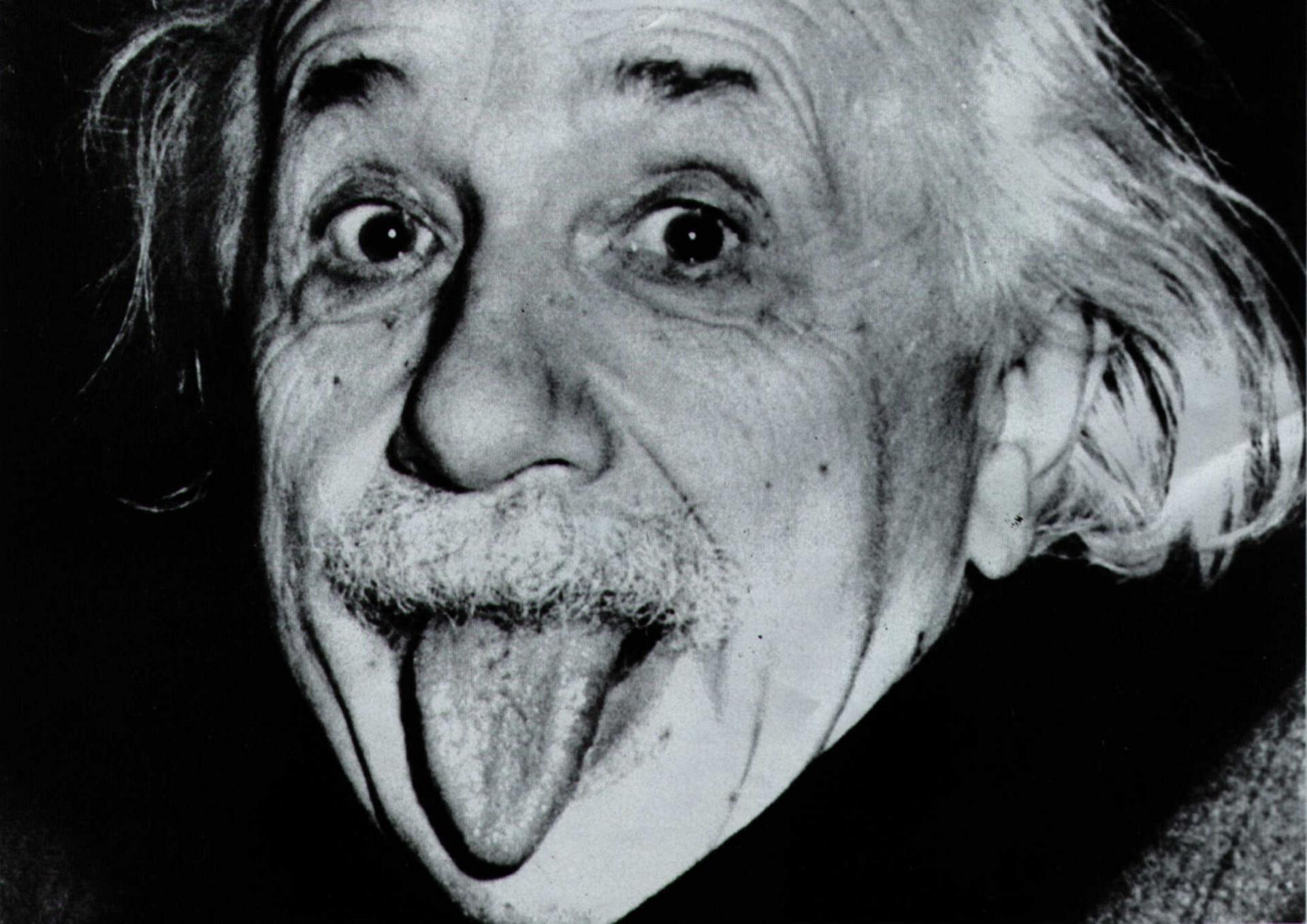 Albert Einstein Wallpapers