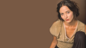 Amy Acker Widescreen