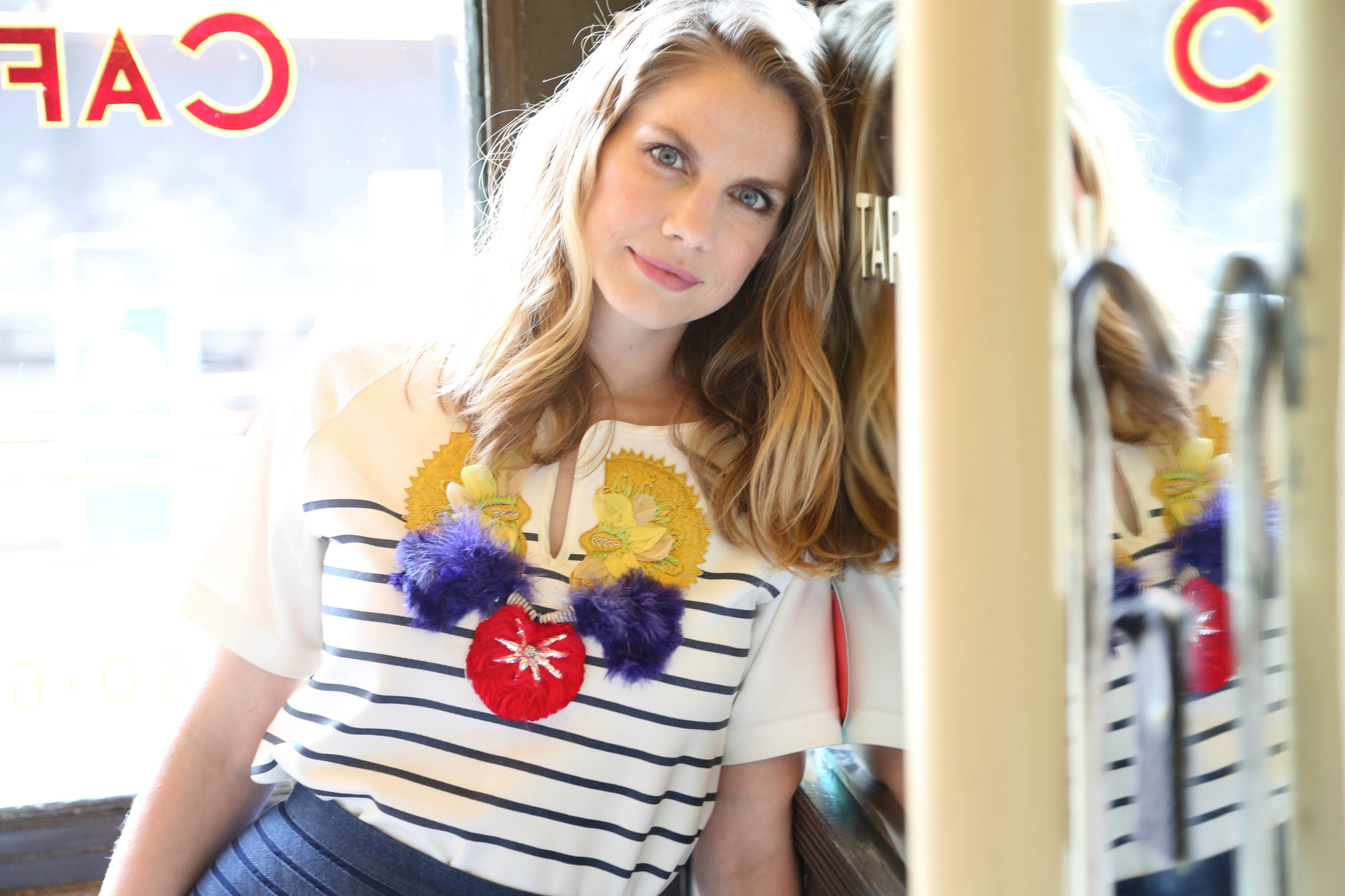 Anna Chlumsky Background
