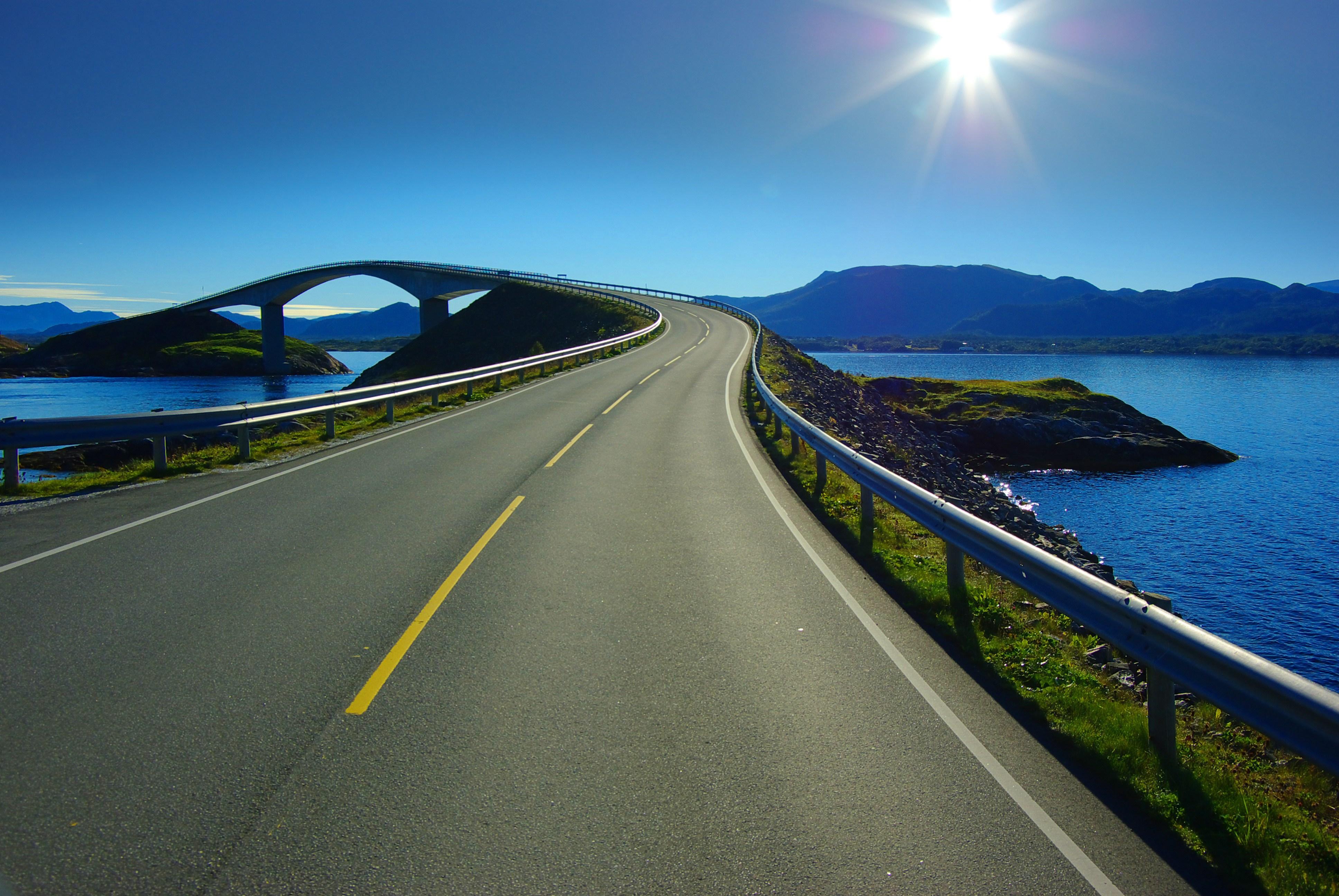 Atlantic Ocean Road In Norway Hd Background