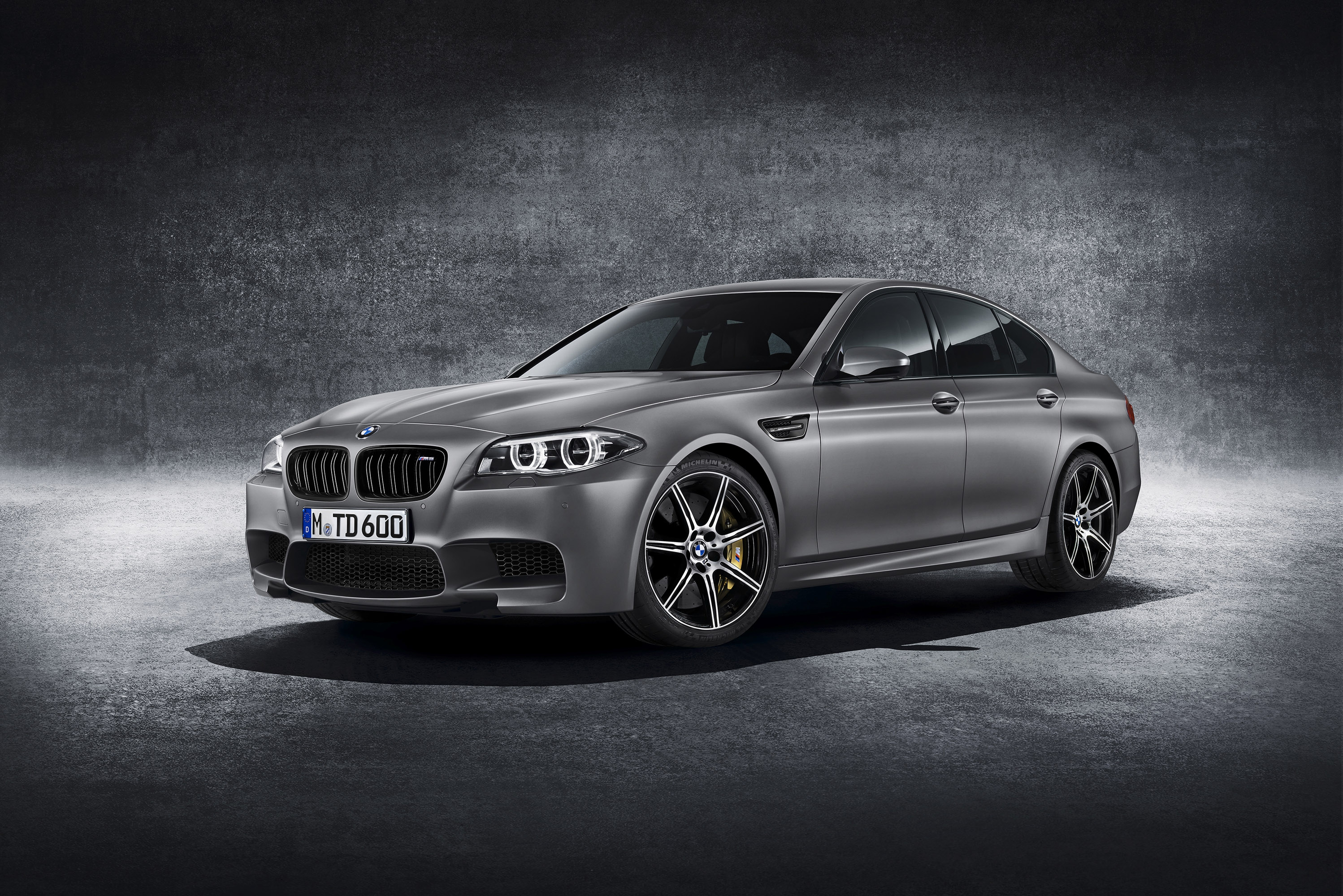 Bmw M5 For Desktop
