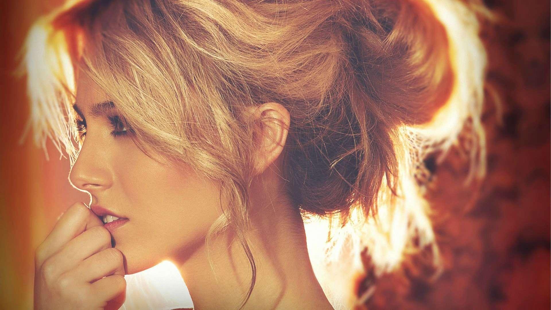 Beautiful Blondes Hd Wallpaper