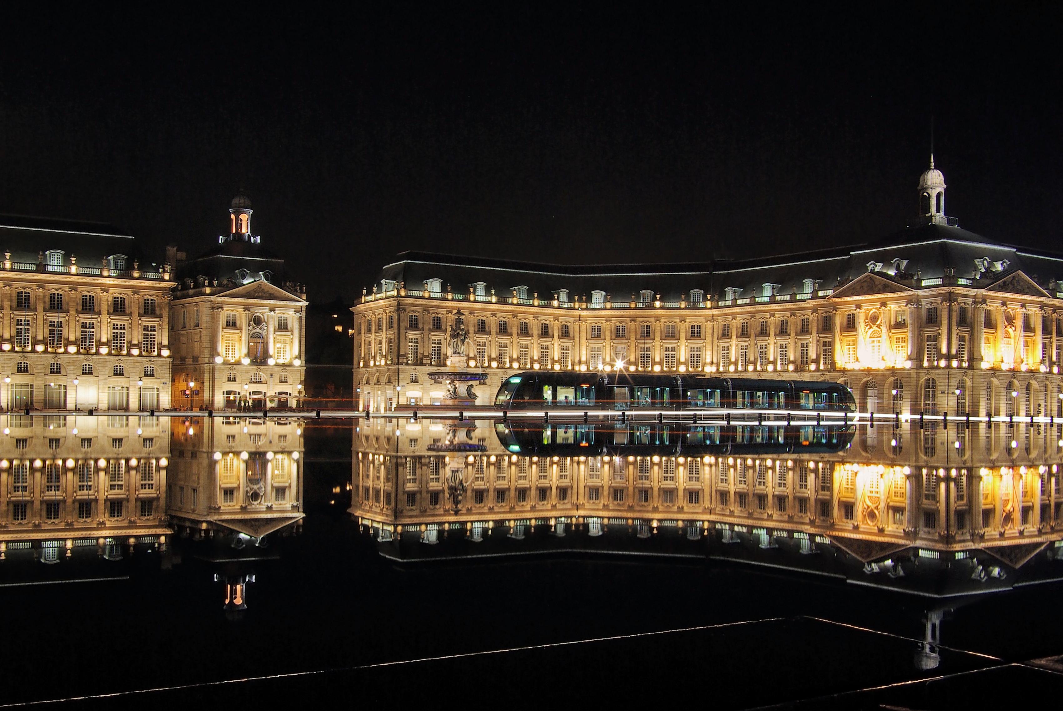 Bordeaux Hd Background