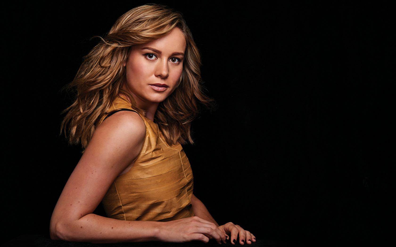 Brie Larson Pictures