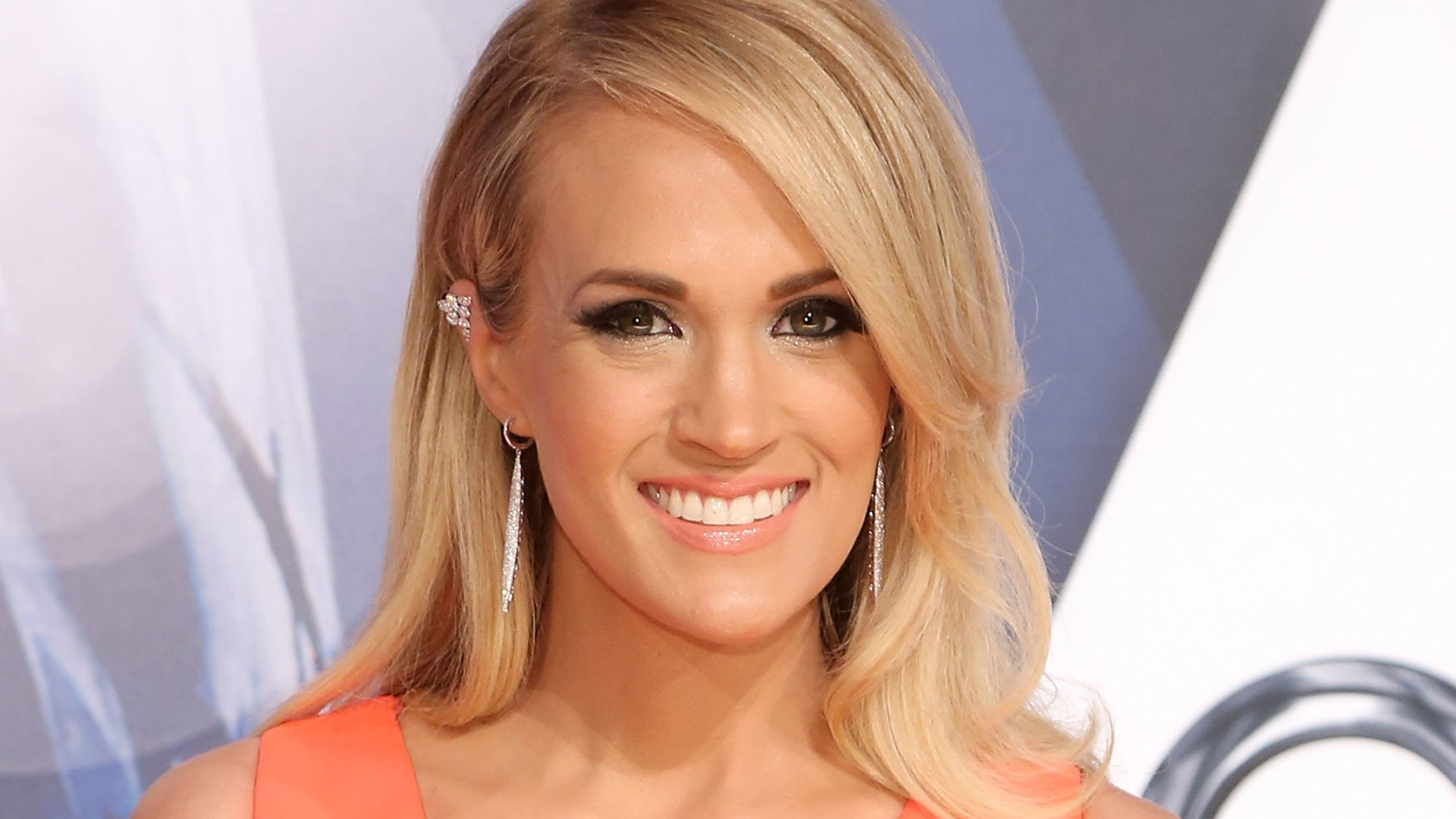 Carrie Underwood Background