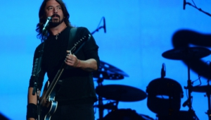 Dave Grohl Hd Background