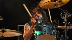 Dave Grohl Widescreen