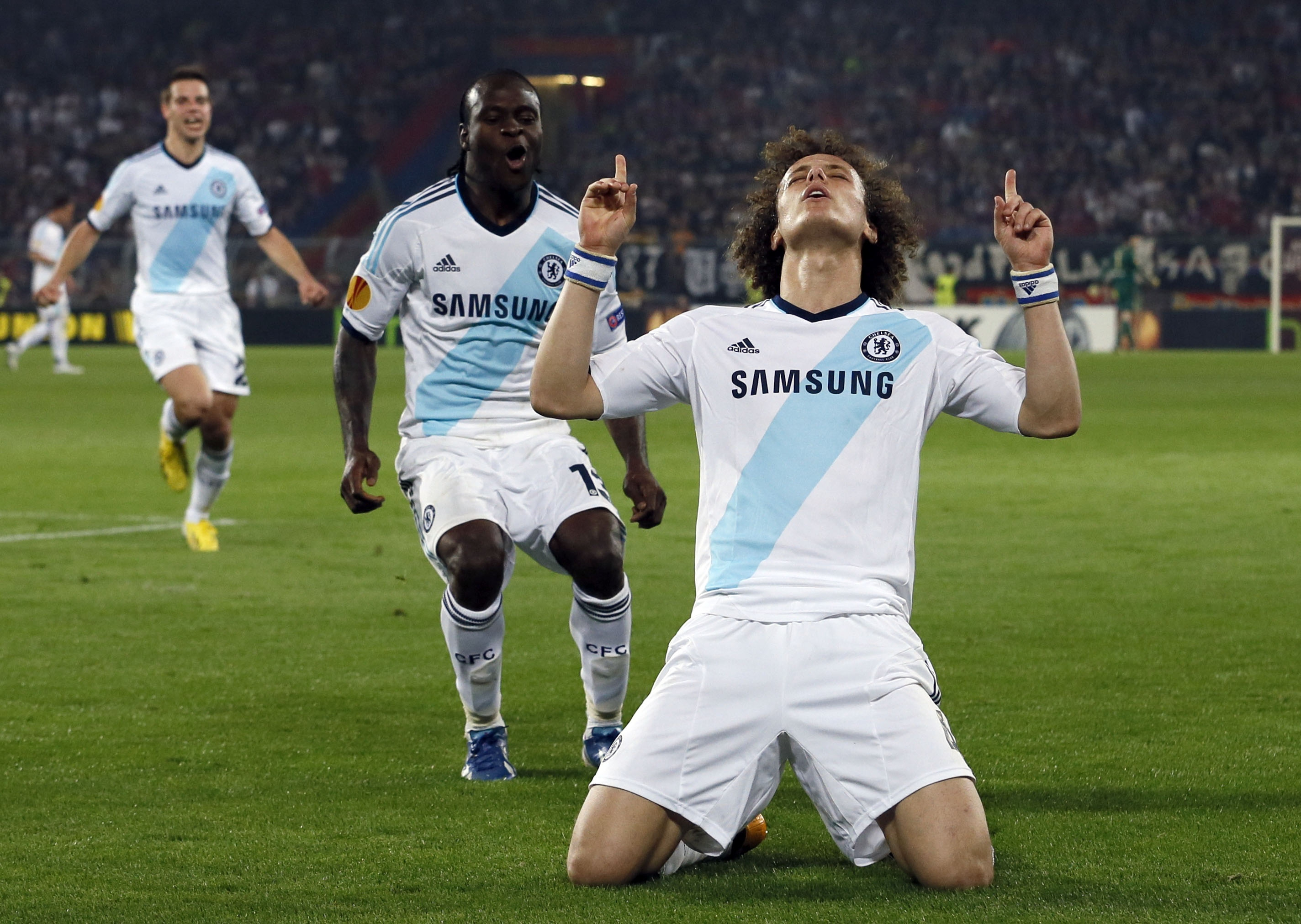 David Luiz Background