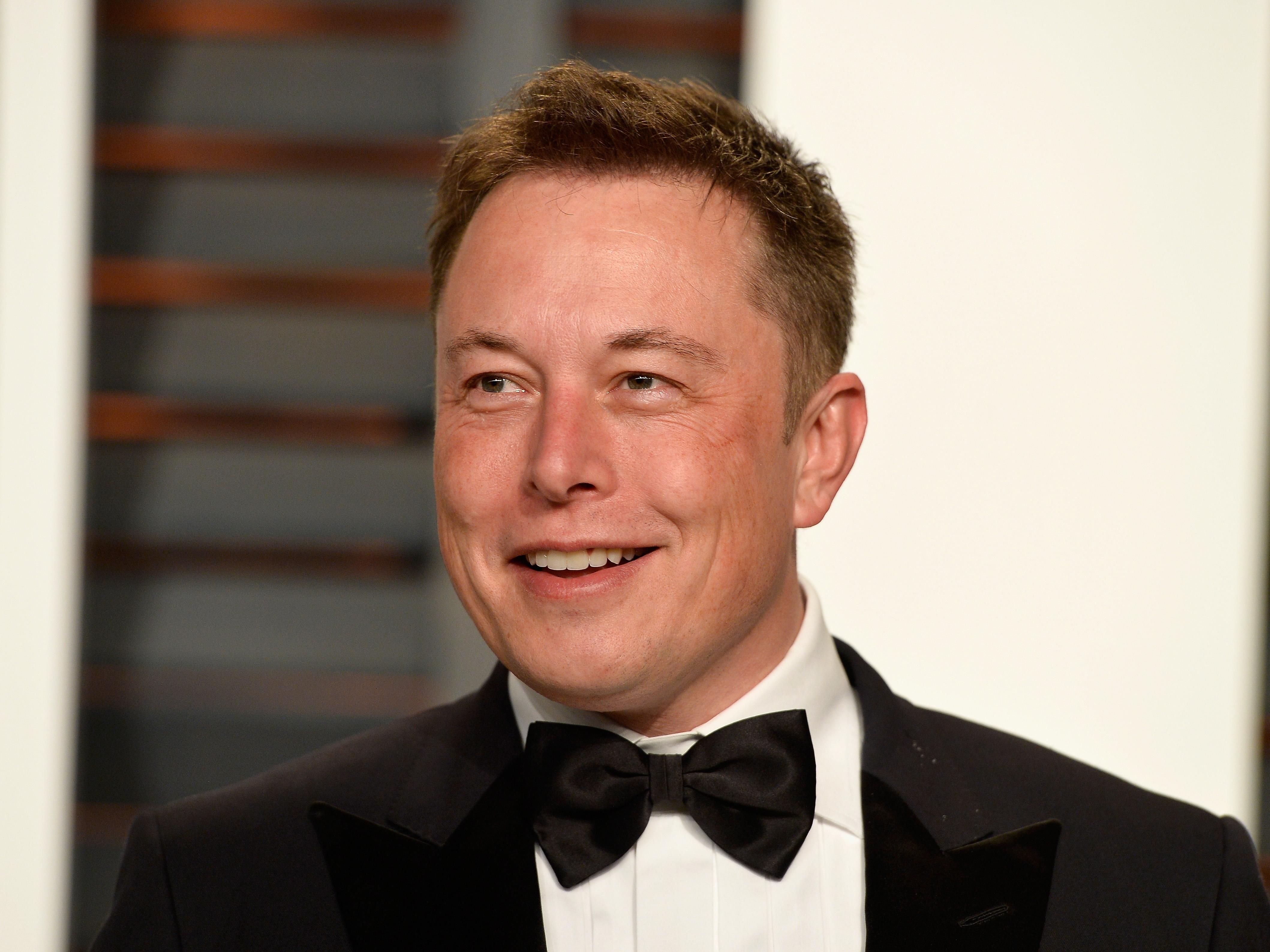 Elon Musk Widescreen