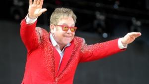 Elton John Widescreen
